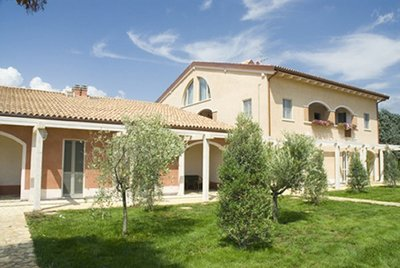 Beautiful villa with pool and wi-fi internet access