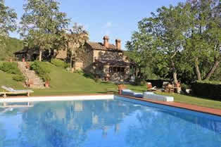 Gellino, independent house with shared pool and tennis court
