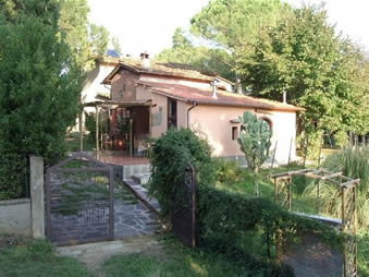 Casa Marco, house with private pool in walking distance to village