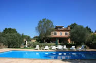 House and pool called Villa Iris