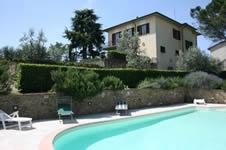 Il Poggiolo, villa with private pool and tennis court, Tuscany