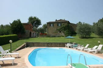 Villa san Lorenzo, sleeps 8 with private pool and table tennis