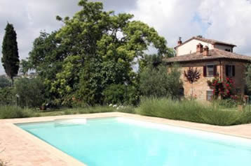 Podere Caggiolo. Villa with private pool sleeps 12.