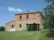 Farmhouse in Val di Chiana, Tuscany called Santa Vittoria