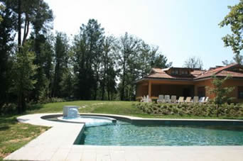 Verde Incanto, villa to sleep 14 with private solar-heated pool