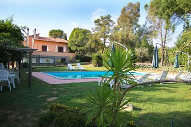 Casa Grion, 5 bedrooms, sleeps 10. Pool shared with owners.