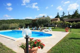 Monte del Lago. Villa sleep 12,  private pool