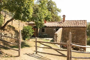 Tribbiano, 2 bedroom house sleep 5, private pool