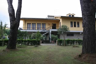 Villa Quattro Mori, sleep 10, private pool, walking distance to village
