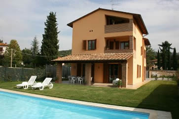 Casa Clementina, 1.5km from Lugignano. Sleep 12, Private pool
