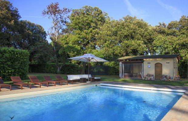 Private pool villa ravano pisa