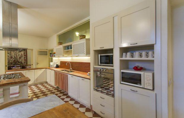 kitchen villa ravano pisa