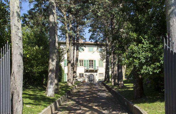 Gateway to Borgo Cevoli