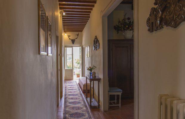 Villa La Cittadella: First Floor corridor