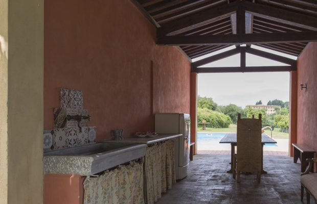 Villa La Cittadella: Outdoor poolside kitchen