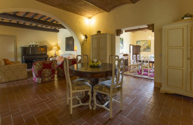 Villa La Cittadella: Family Living Room (Ground Floor) + Extra Beds and Bathroom available