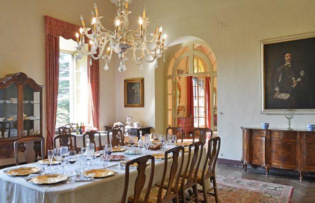 Villa Scerni: splendid dining room
