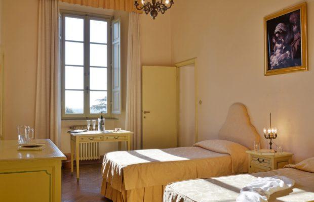 Villa Scerni : Twin bedrooms