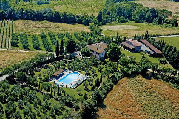 Montelopio villa sleeps 42 tuscany